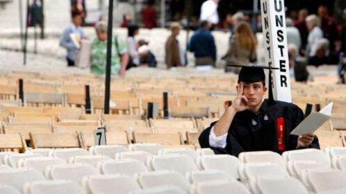 中国学生留学之路真的越