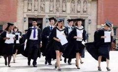 侨外英国移民项目比快更快,22岁留英毕业生2天获批!