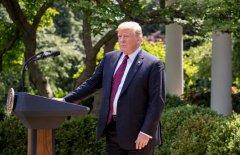 侨外美国移民:特朗普正式公布综合移民